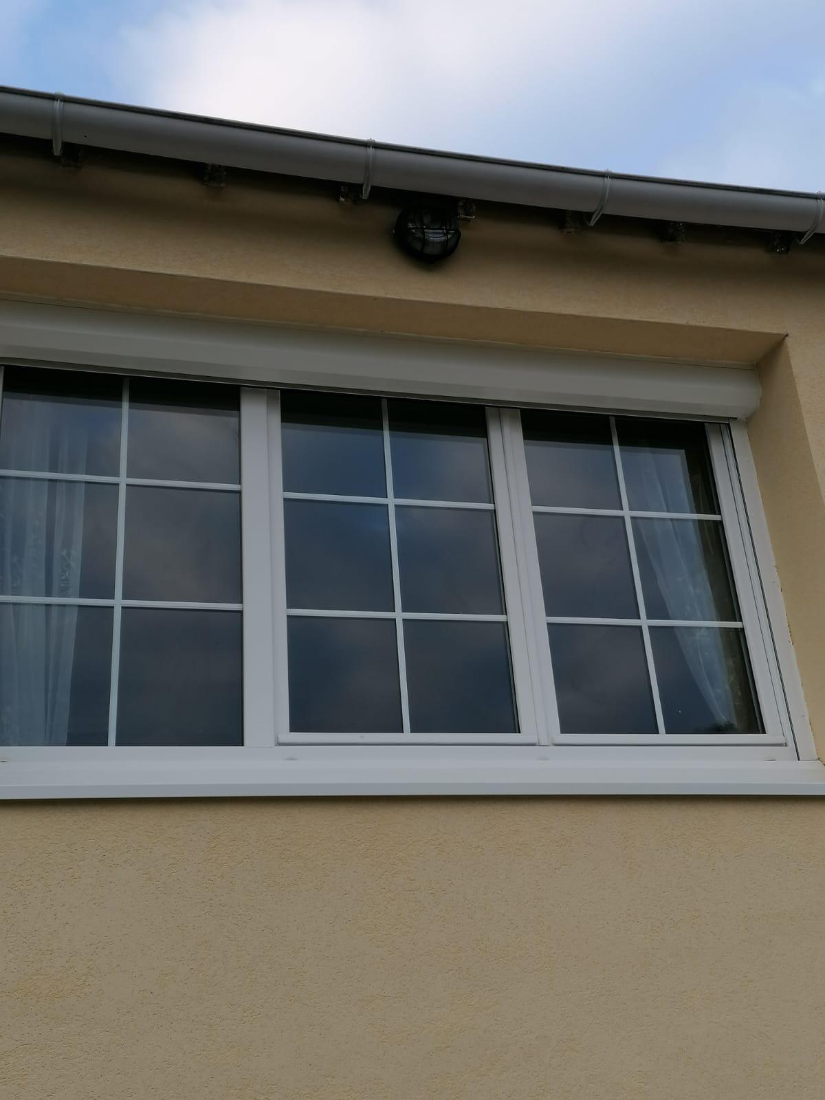 Pose de fenêtre isolante